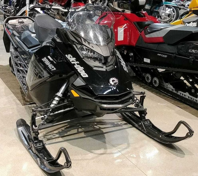 2017 SKI-DOO Renegade Adrenaline 850 E-TEC