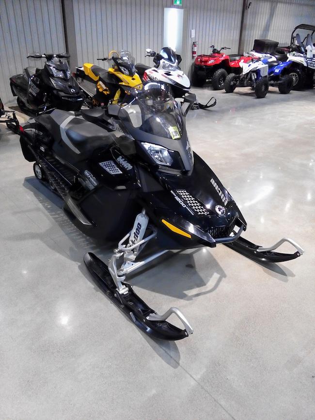 2010 SKI-DOO GSX1200 SE