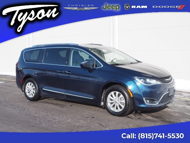 Used Chrysler Pacifica Shorewood Il