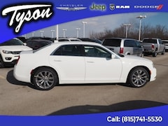 New 2019 Chrysler 300 Touring Sedan for sale in Shorewood, IL