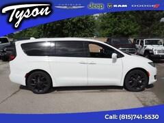 New 2019 Chrysler Pacifica Touring Plus Van Passenger Van for sale in Shorewood, IL