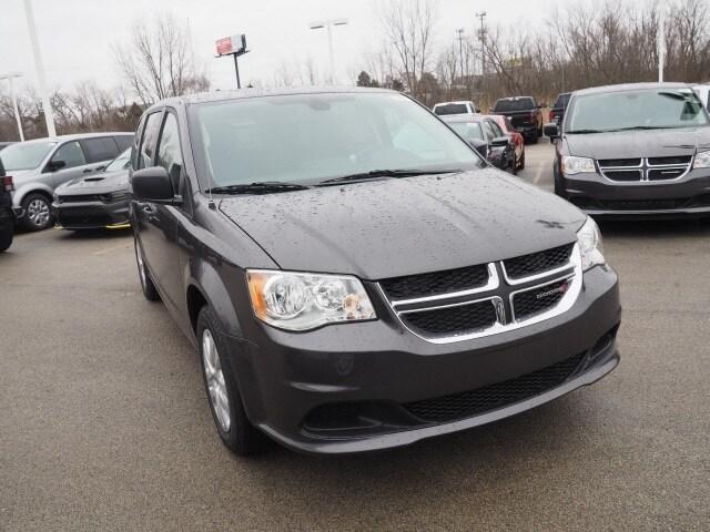 New 2019 Dodge Grand Caravan SE Near Naperville IL | Tyson Motor | VIN:  2C4RDGBG1KR596453