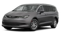 2017 Chrysler Pacifica TOURING Passenger Van