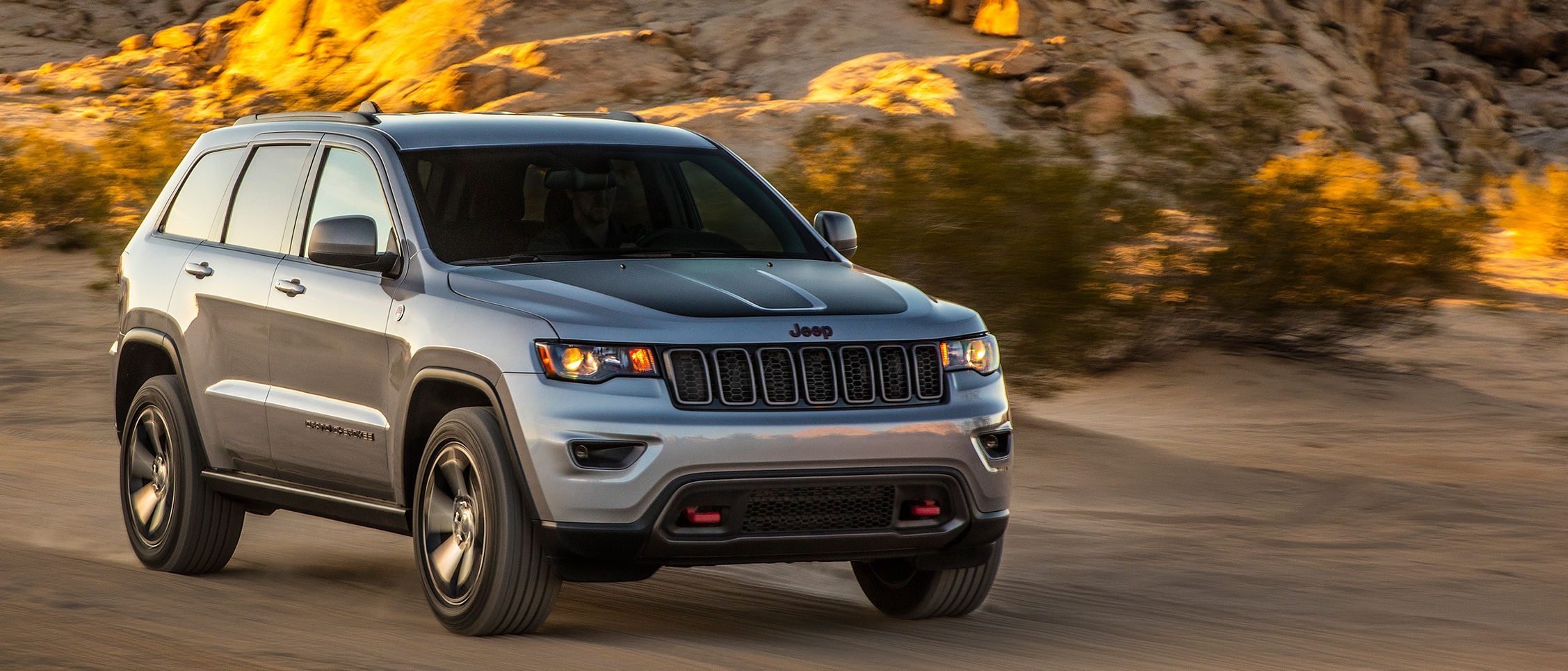 2020 Jeep Grand Cherokee Features