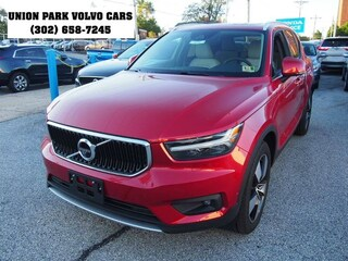 New 2019 Volvo XC40 T4 Momentum SUV V74195 YV4AC2HK5K2072622 Wilmington, Delaware