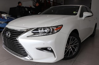 2016 LEXUS ES 350 Luxury Package Sedan