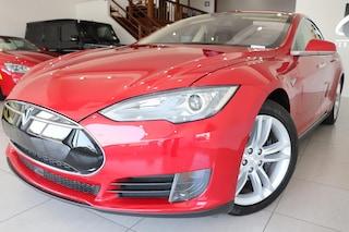 2016 Tesla Model S 70 (Auto Pilot Beta) Sedan