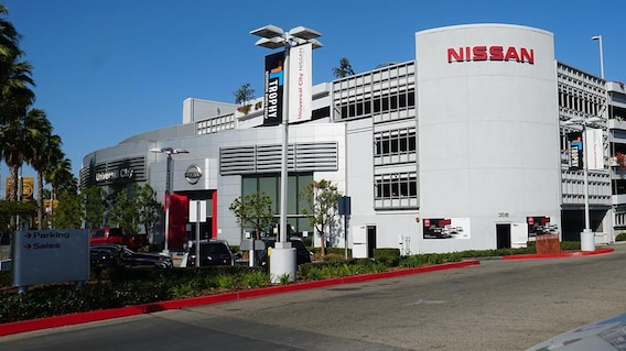 Nissan Dealership Los Angeles >> About Universal City Nissan In Los Angeles California