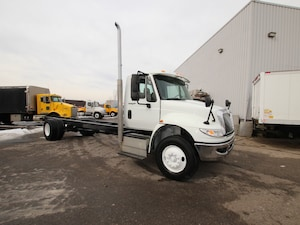2014 INTERNATIONAL 4300 CUMMINS ENGINE FINALLY! DYNAMIC_PREF_LABEL_INDEX_INVENTORY_FEATURED1_ALTATTRIBUTEAFTER