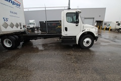 2012 FREIGHTLINER M2 20 FT chassis