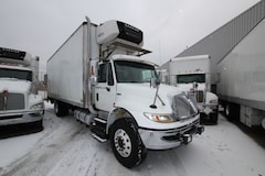 2011 INTERNATIONAL 4300 26 ft reefer CS850
