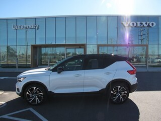 Pre-Owned 2019 Volvo XC40 T5 R-Design SUV YV4162UMXK2087907 for sale in Charlotte, NC