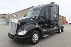 2015 KENWORTH T680  - SUPER 40'S & EXTRA CLEAN