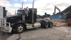 2015 KENWORTH T800 - HEAVY SPEC IN MINT CONDITION