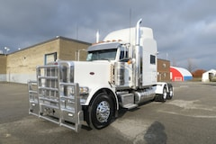 2013 PETERBILT 388 - SUPER CLEAN, LOADED, LONG HOOD