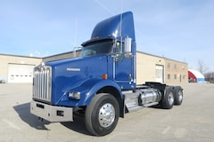 2014 KENWORTH T800 - MINT CONDITION HEAVY SPEC