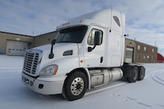 2012 FREIGHTLINER Cascadia 113SLP  - LOW KM & EXTRA CLEAN