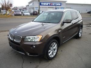 2013 BMW X3 xDrive28i NAVIGATION/B.UP CAM/PANO ROOF/LOADED!