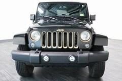 2014 Jeep Wrangler Unlimited Sahara 4x4 SUV 1C4HJWEG3EL199026