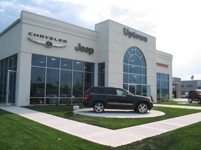 about uptown chrysler dodge jeep ram slinger west bend. Black Bedroom Furniture Sets. Home Design Ideas