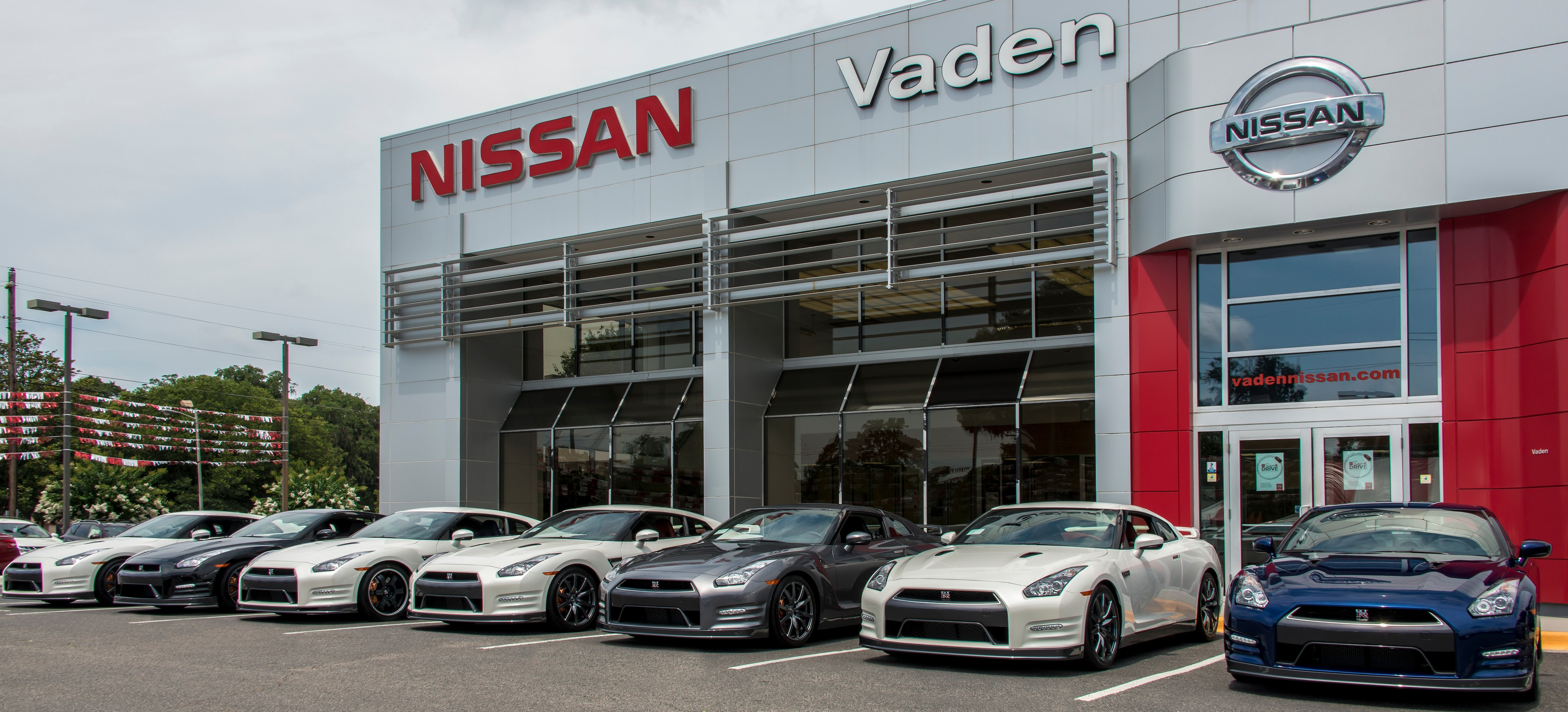 Car Dealerships In Savannah Ga >> About Vaden Nissan Of Savannah The Premiere Savannah Ga Nissan