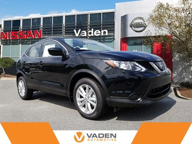 2018 Nissan Rogue Sport S SUV in Hinesville, GA