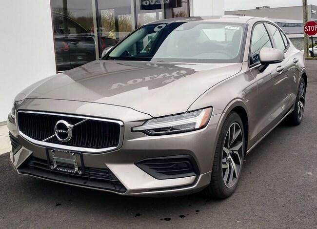 New 2019 Volvo S60 T6 Momentum Sedan in Watertown, CT