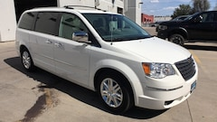 2010 Chrysler Town & Country New Limited Van