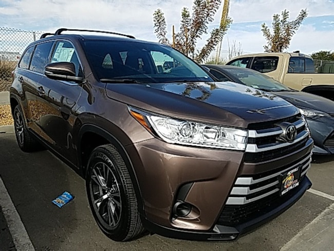 New 2019 Toyota Highlander LE I4 SUV For Sale in Victorville, CA