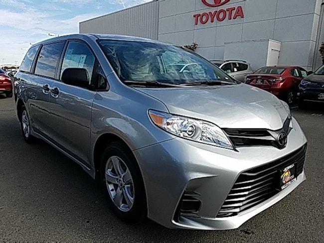 New 2019 Toyota Sienna L 7 Passenger Van For Sale in Victorville, CA