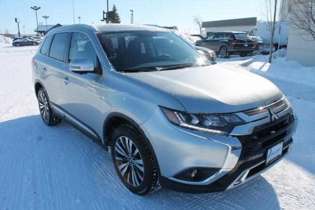 New 2019 Mitsubishi Outlander SEL CUV for sale in Fargo