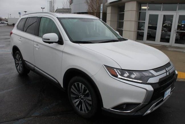 New 2019 Mitsubishi Outlander SEL CUV for sale in Fargo