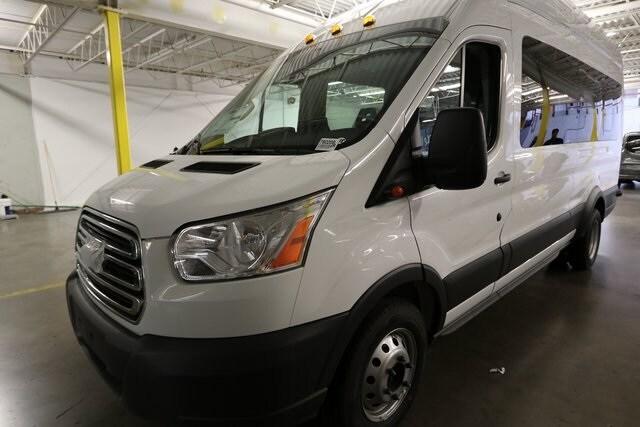 2018 Ford Transit-350 XLT Passenger Wagon Wagon 1FBVU4XG9JKA27485