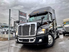2015 FREIGHTLINER Cascadia Evolution 475HP | DD15 | 13 Manual