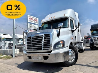 2016 FREIGHTLINER Cascadia DD15 | 455HP | 13 Manual