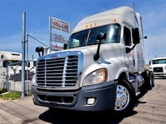 2011 FREIGHTLINER Cascadia Great Deal
