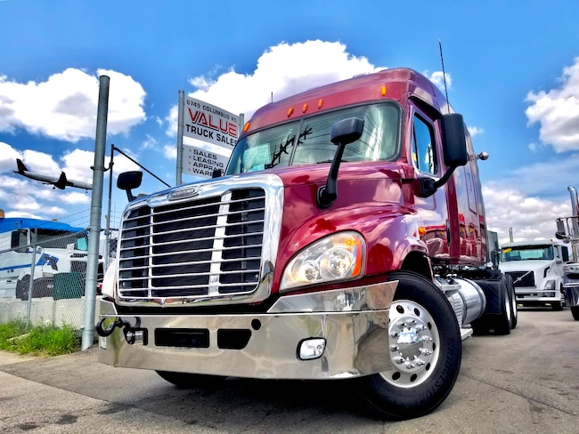 2012 FREIGHTLINER Cascadia MID ROOF 475HP 18SPEED