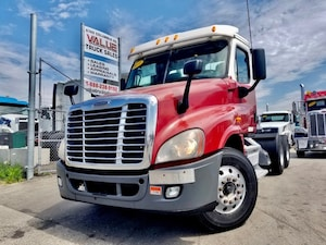 2010 FREIGHTLINER Cascadia 505HP | DD15 | 18 Speed Manual