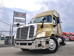 2013 FREIGHTLINER Cascadia 450HP AUTO