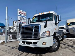 2012 FREIGHTLINER Cascadia LOW KMS | 505HP | DD15 | 13 Speed