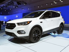 New Chrysler, Dodge, Jeep, Ram & Ford 2018 Ford Escape SEL SUV for sale in Morris, MN