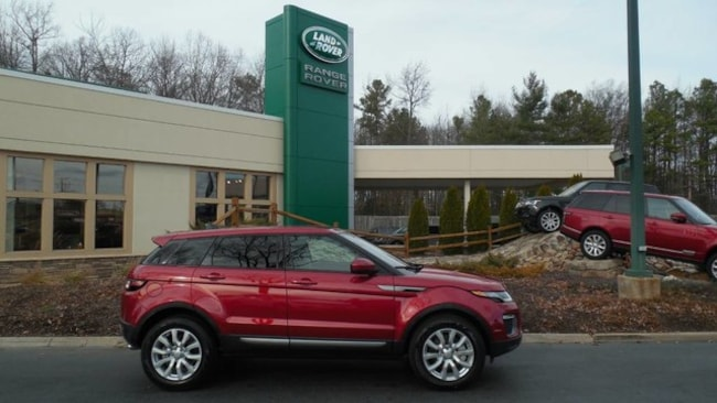 New 2017 Land Rover Range Rover Evoque SE SUV for sale in Midlothian, VA near Richmond, VA.