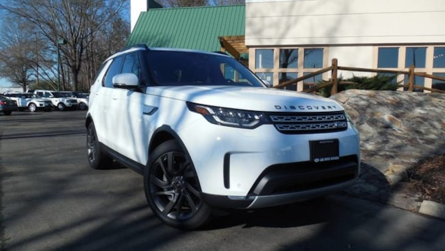 New 2019 Land Rover Discovery HSE SUV for sale in Midlothian, VA near Richmond, VA.