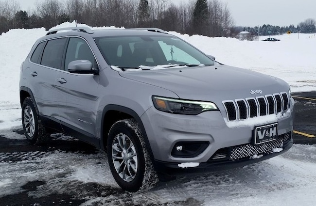 New 2019 Jeep Cherokee LATITUDE PLUS 4X4 Sport Utility for sale in marshfield wi