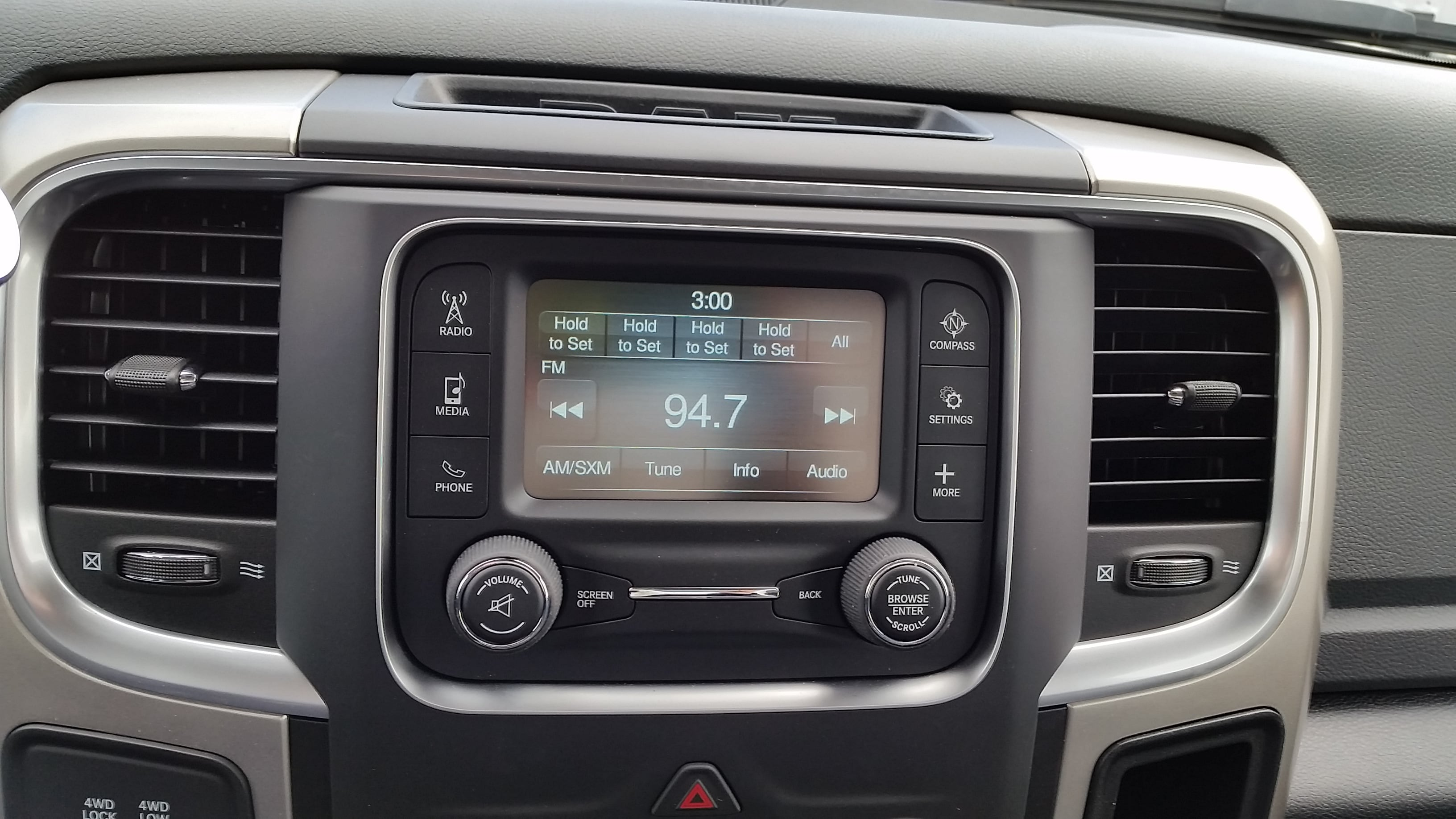 2018 Ram 3500 SLT REGULAR CAB 4X4 8' BOX For Sale