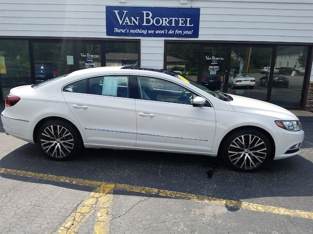 2014 Volkswagen CC 3.6L VR6 Executive Sedan