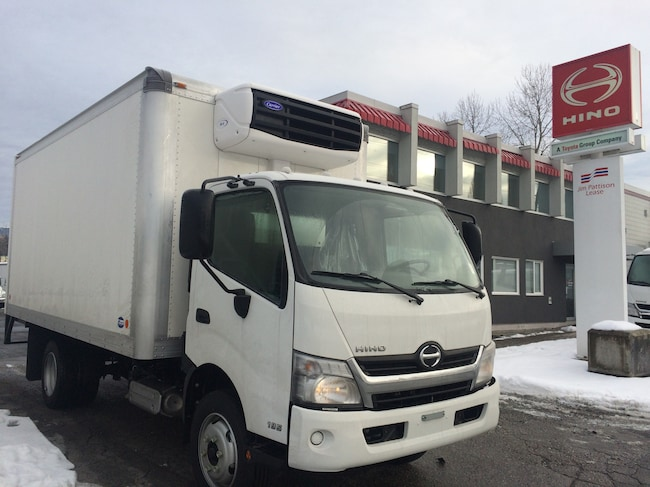 2019 HINO 195 With 16' reefer van body with Carrier 50X