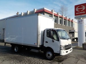 2019 HINO 195 With 16' dry van body
