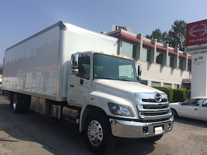 2018 HINO 358 with 26' Insulated van body with heater