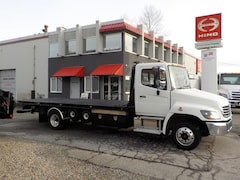 2007 HINO 258 LP w/22' roll back deck & tow